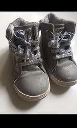 Высокие ботинки для девочки,  размер 25